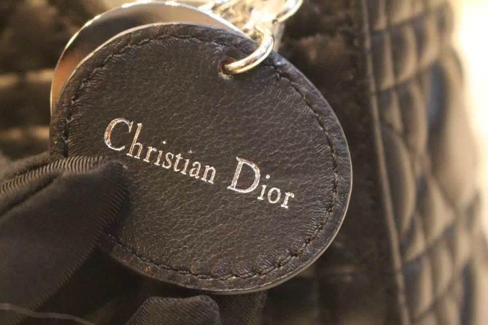 DIOR迪奥黑色银扣三格戴妃包 Dior金属字母配饰 进口羊皮