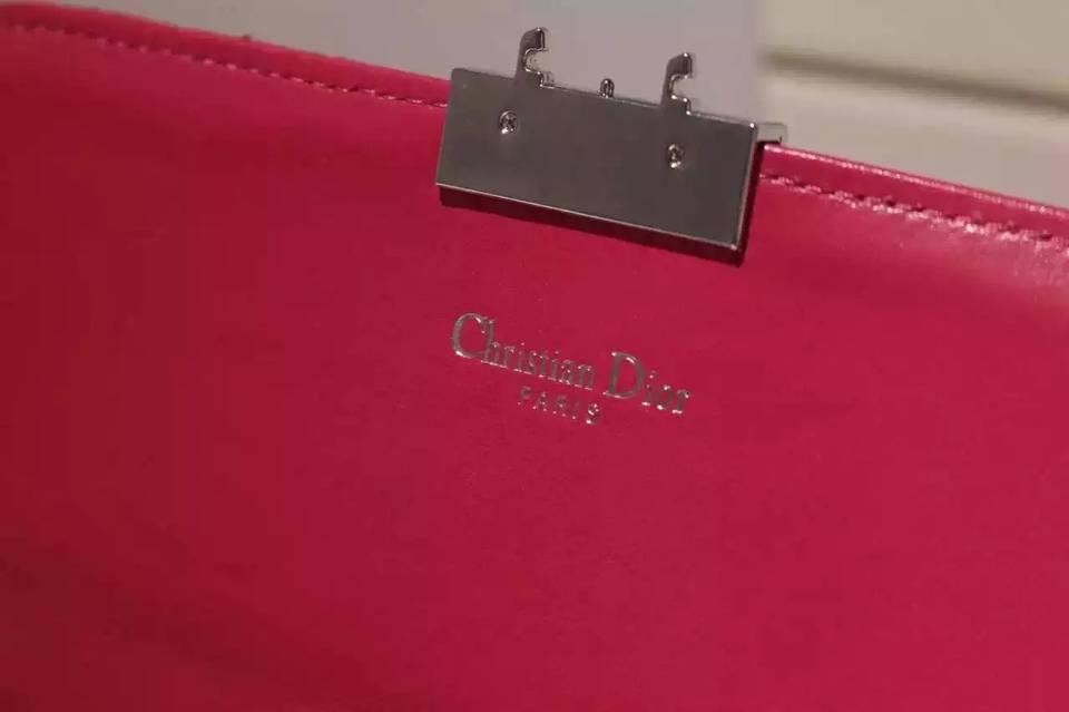 迪奥新款 MISS DIOR MINI 玫红色进口顶级羊皮 女士链条单肩斜挎包 21CM