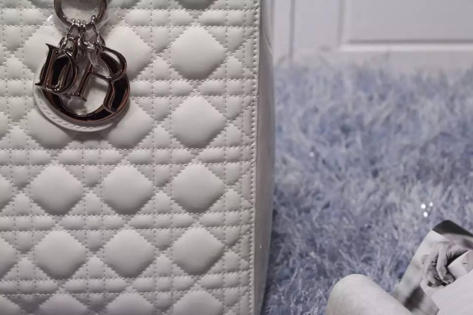 DIOR迪奥包包批发 白色原版漆皮七格戴妃包 百搭女包手提单肩包