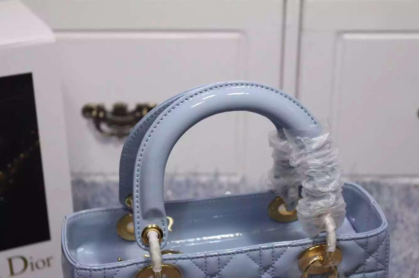 实拍 迪奥Dior原版进口漆皮戴妃包五格金扣浅蓝色 奢侈品牌女包批发