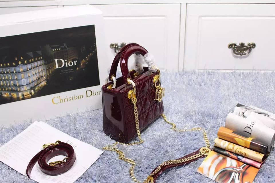 高档女包 迪奥Lady Dior三格酒红色漆皮金扣戴妃包小号 带两条肩带