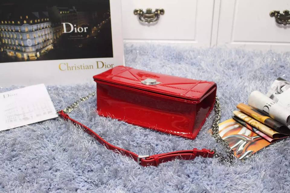 高档女包批发 DIOR迪奥大红色原版顶级漆皮链条单肩斜挎包包