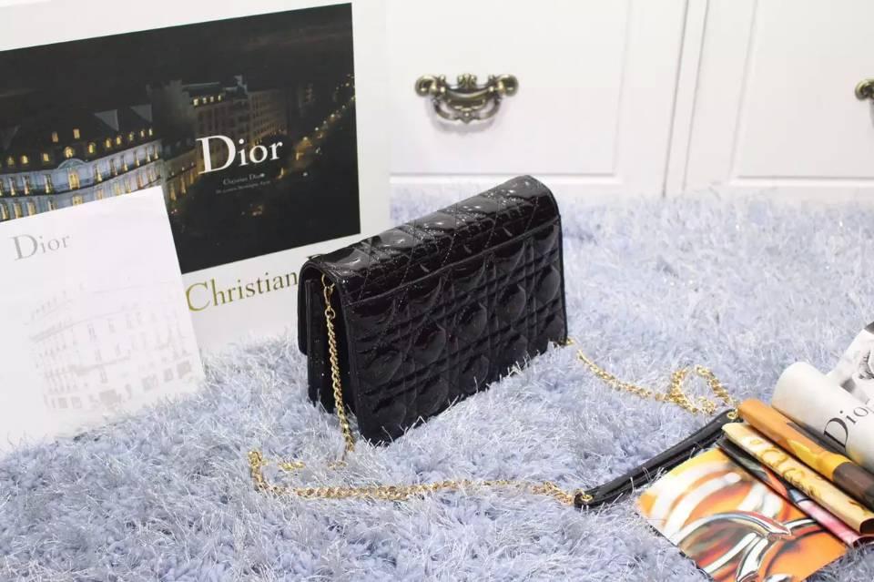 高仿Dior包包 迪奥MISS DIOR MINI原版顶级漆皮菱格链条斜挎包 黑色金扣