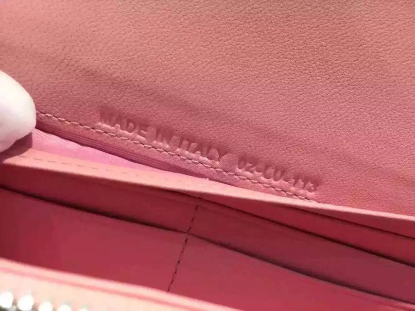 广州迪奥钱包批发 Dior原版漆皮锁扣钱包 女士长款手包钱夹 粉色