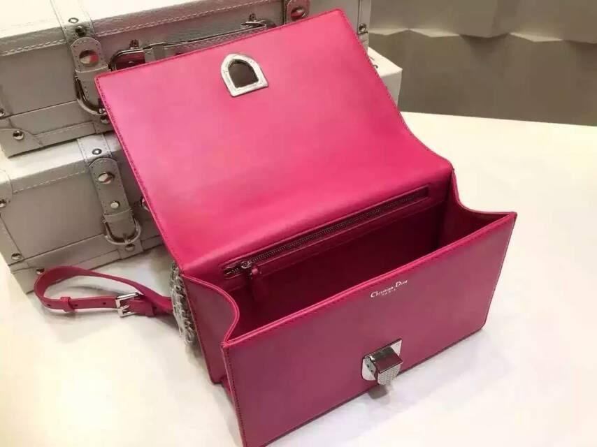 Dior包包批发 迪奥ama原单羊皮铆钉包 玫红色单肩斜挎女包25cm