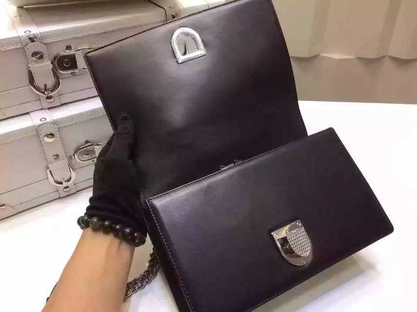 迪奥包包官网 Dior Ama原单羊皮打钉款 链条斜挎包25cm