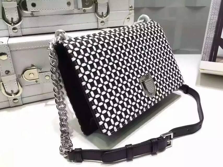 迪奥包包价格 Diorama原版羊皮手工编织款 链条单肩斜挎女包25cm