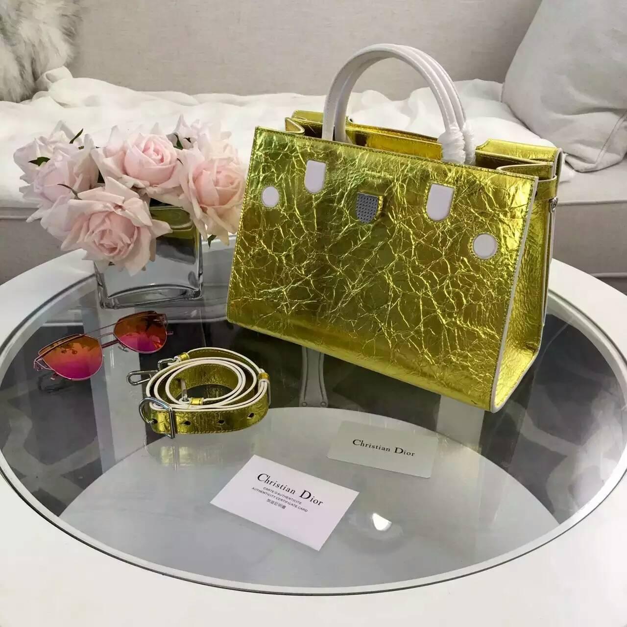 广州包包批发 Dior迪奥走秀款Diorever金属黄色手提斜挎女包