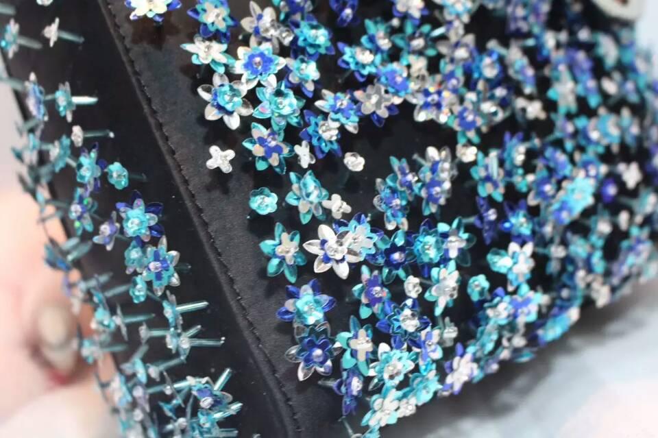 迪奥包包官网 Lady Dior mini手工绣珠迷你三格戴妃包17cm