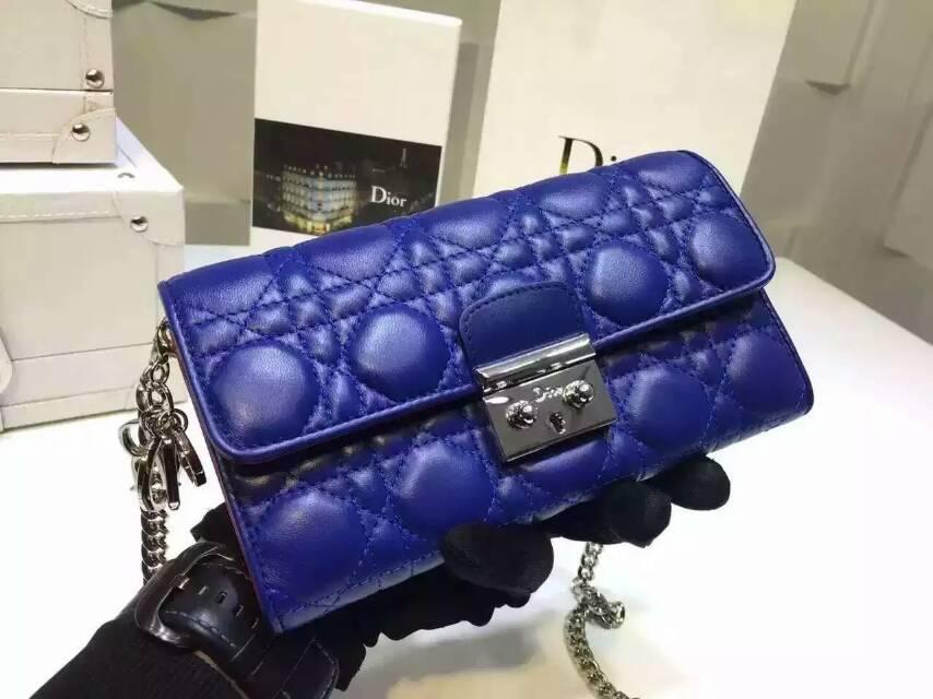 迪奥钱包官网 Dior原版羊皮两折钱包链条背包19cm 蓝色