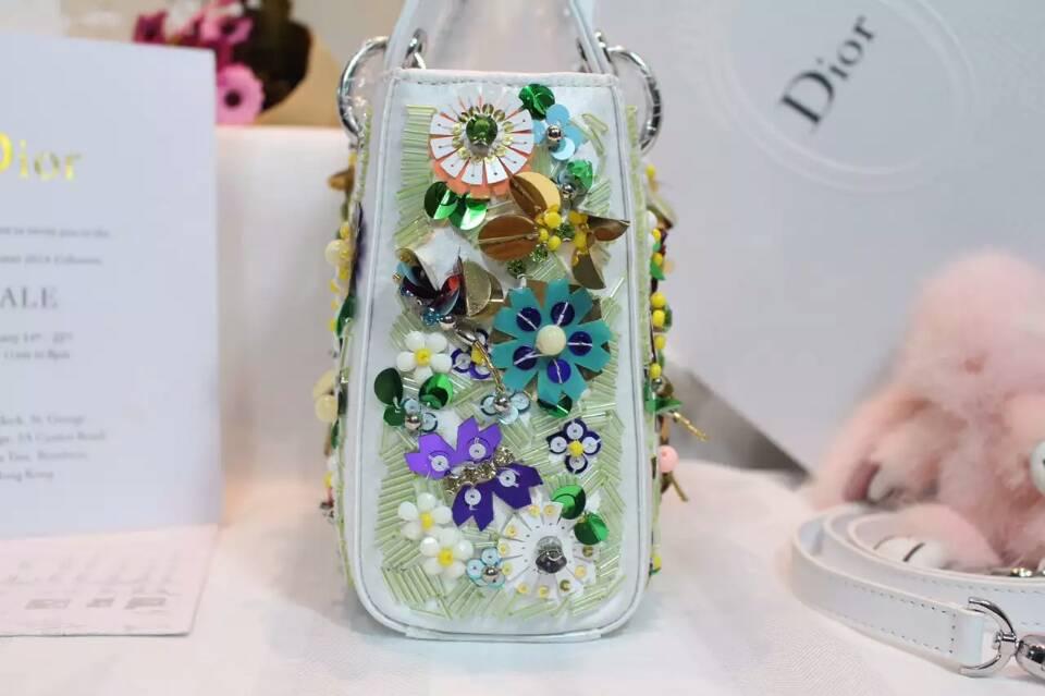 广州包包批发 Lady Dior mini手工绣珠迪奥迷你戴妃包17cm