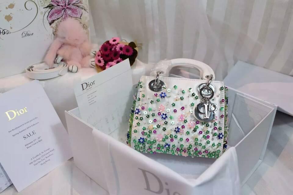 迪奥新款戴妃包 Lady Dior Mini手工绣珠迷你戴妃包17cm