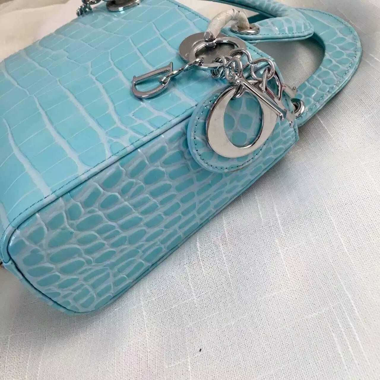 Lady Dior mini 迪奥马卡龙蓝色原版牛皮压鳄鱼纹迷你戴妃包17cm