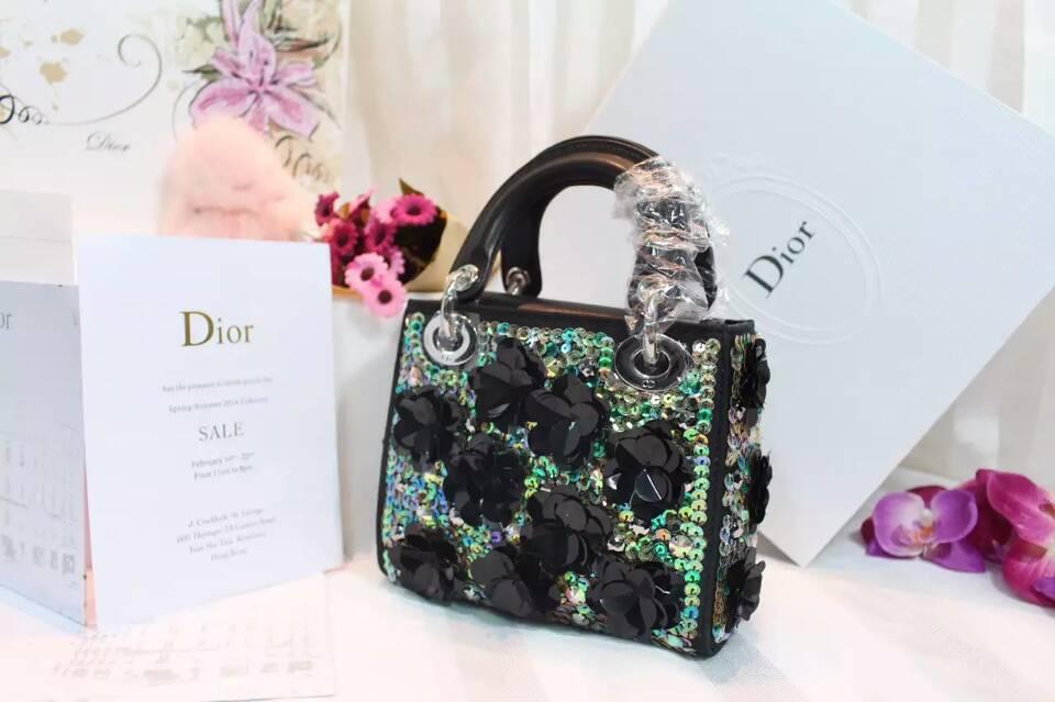 迪奥包包官网 Lady Dior mini黑色绣花迷你戴妃包新款17cm