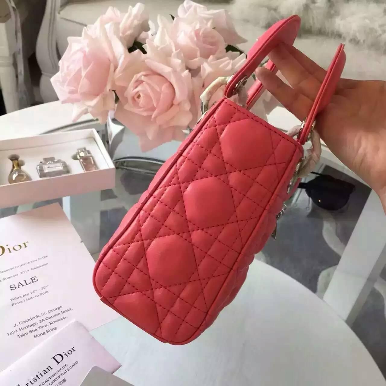 Dior包包官网 Lady Dior mini迪奥珊瑚红色顶级羊皮三格戴妃包17cm