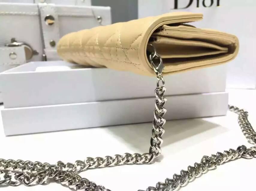 广州白云皮具城 迪奥DIOR原版钱包 杏色漆皮两折链条钱夹手包