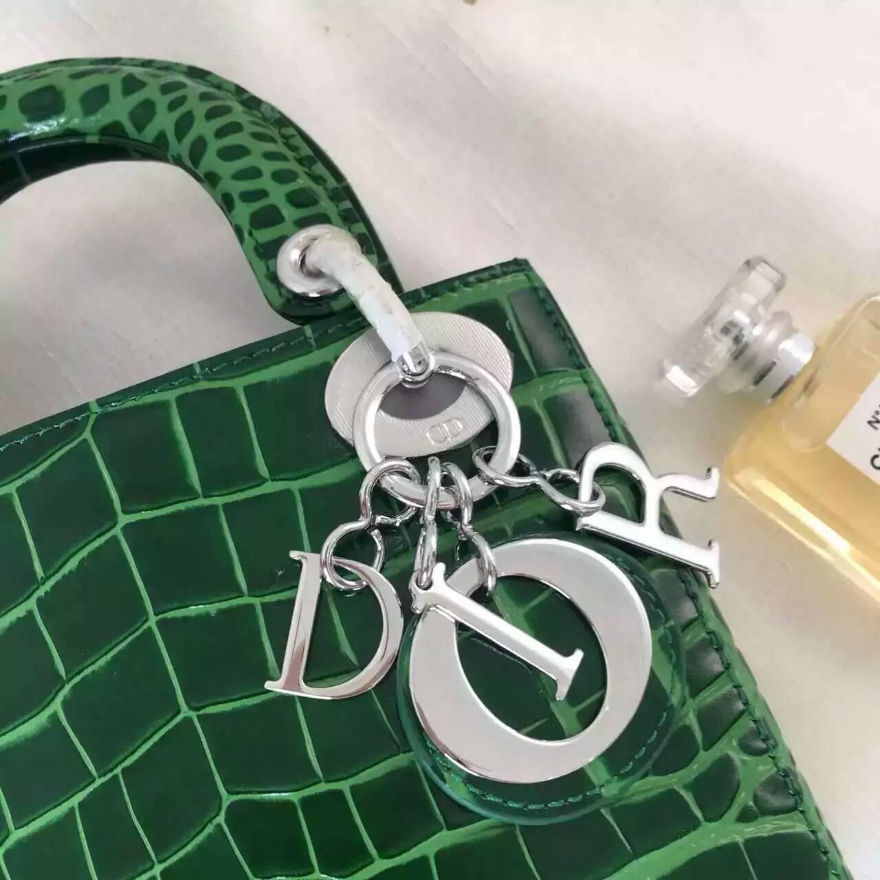 Dior迪奥包包官网 Lady Dior进口小牛皮压鳄鱼纹三格戴妃包 马卡龙绿色