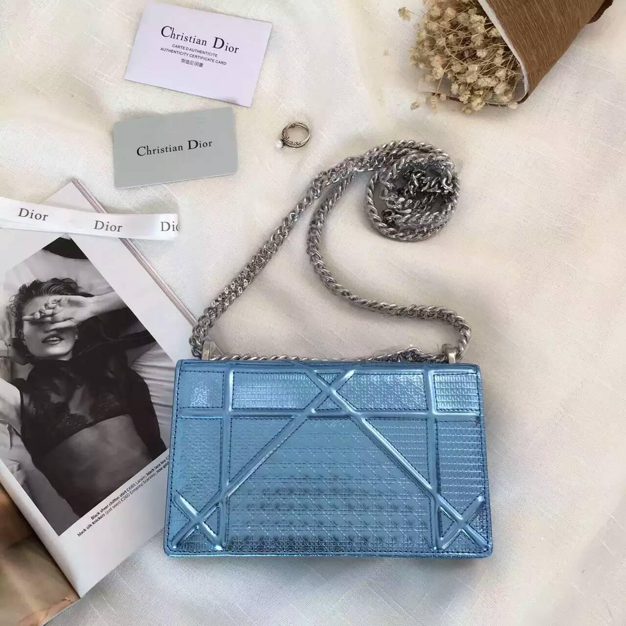 广州包包批发 迪奥新款Diorama小香款链条包单肩斜挎包18cm 浅蓝色