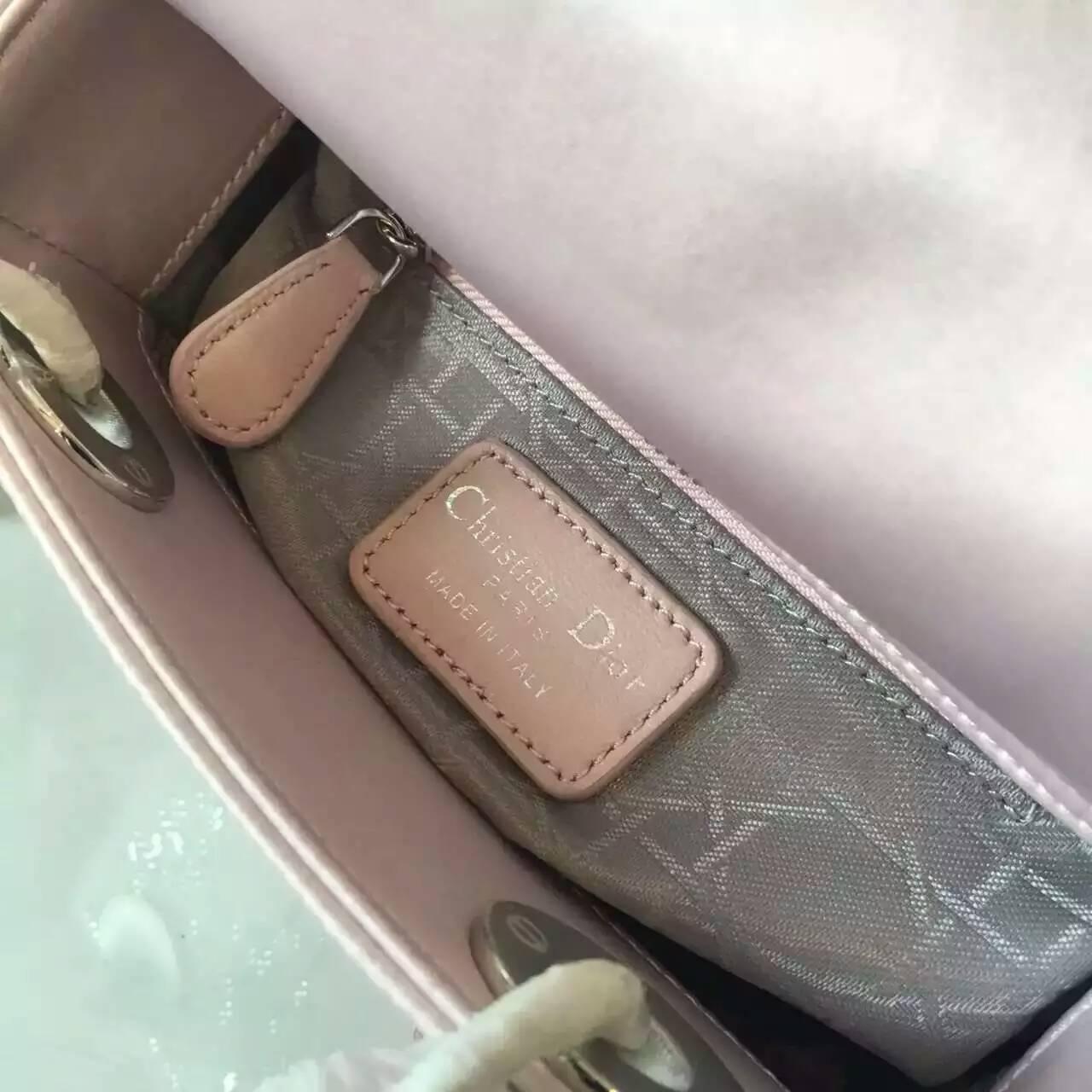 Lady Dior 迪奥钻石菱格丝绸材质三格戴妃包17cm 粉色