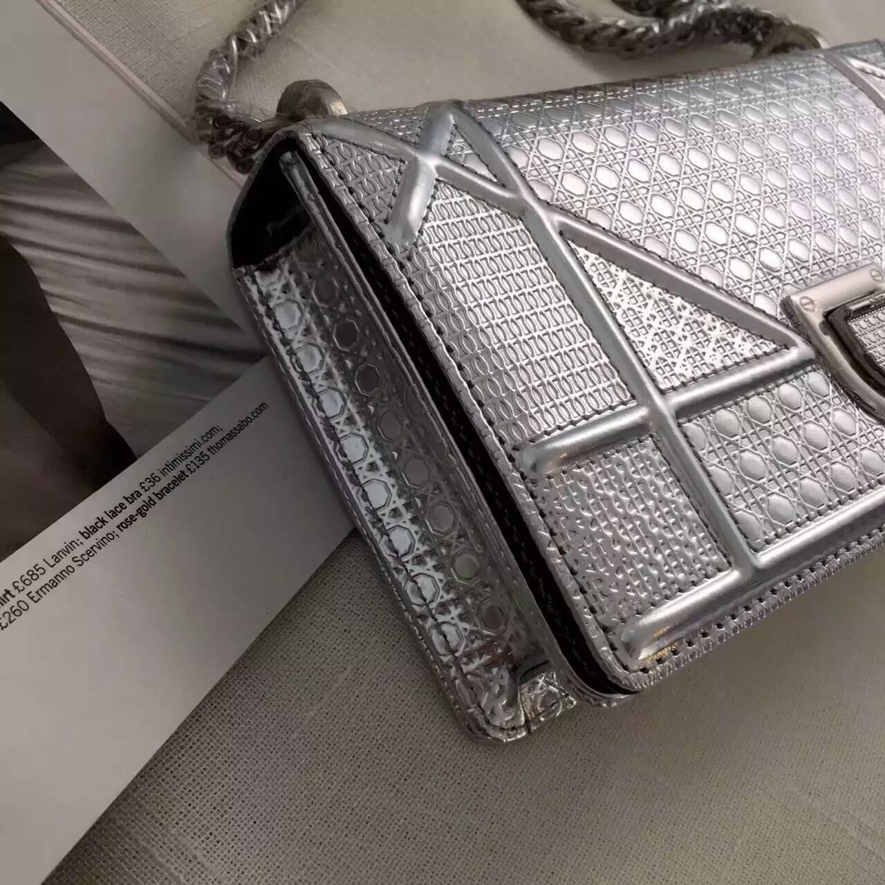 Dior迪奥新款包包 银色原版皮小香款链条斜挎包18cm