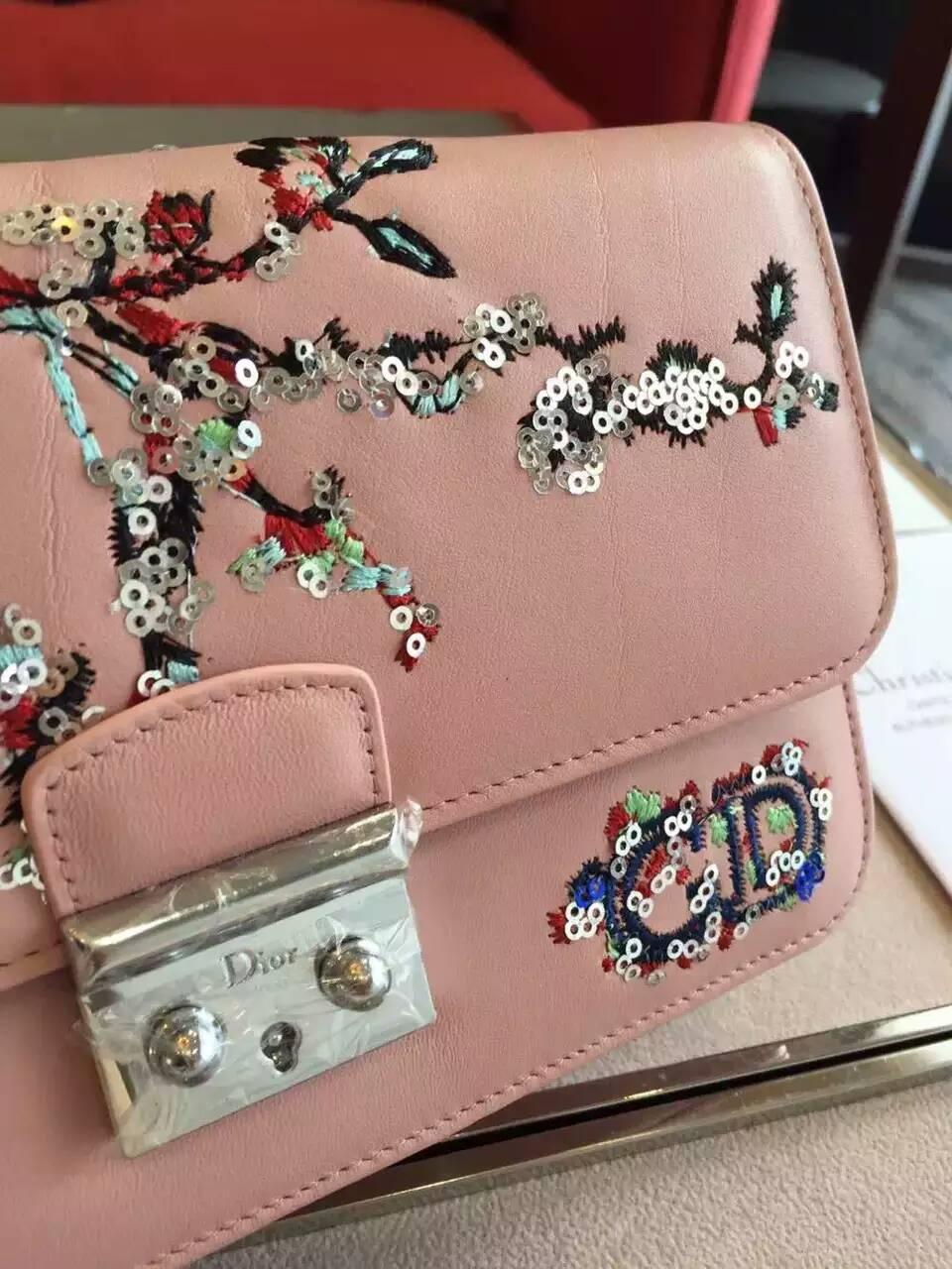 迪奥新款女包 粉色原版皮16限量刺绣款Miss Dior链条包斜挎包