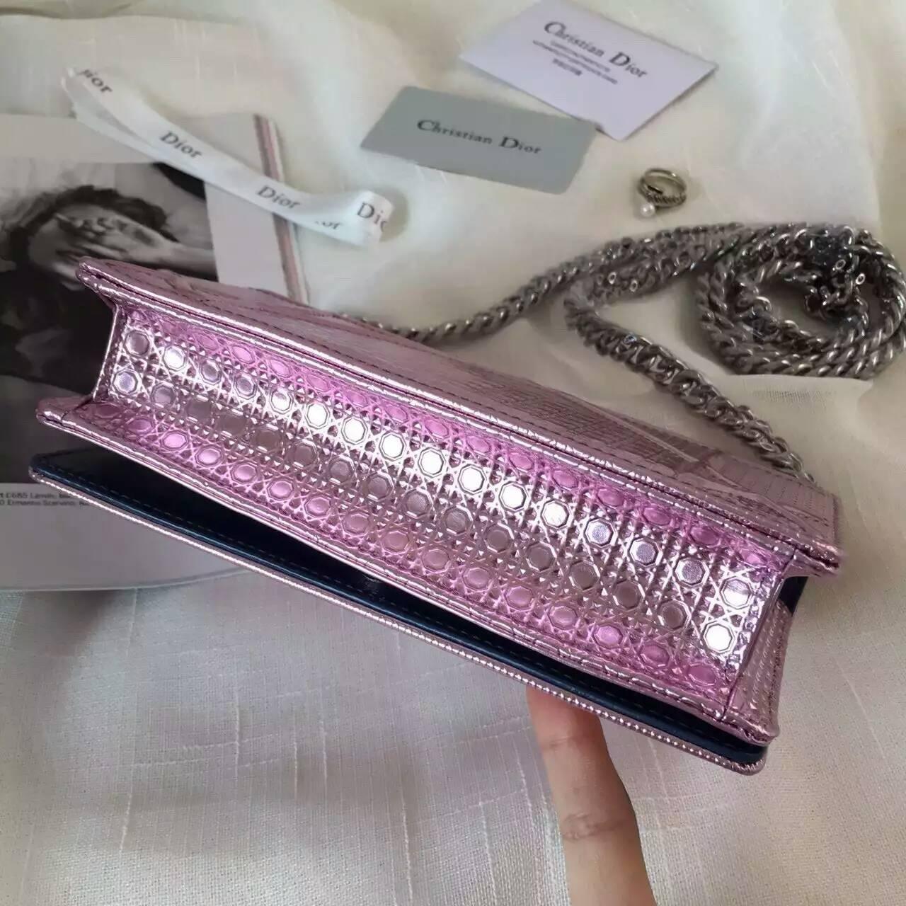 迪奥包包官网 Dior夏季新款小香款链条斜挎包18cm 粉色原版皮