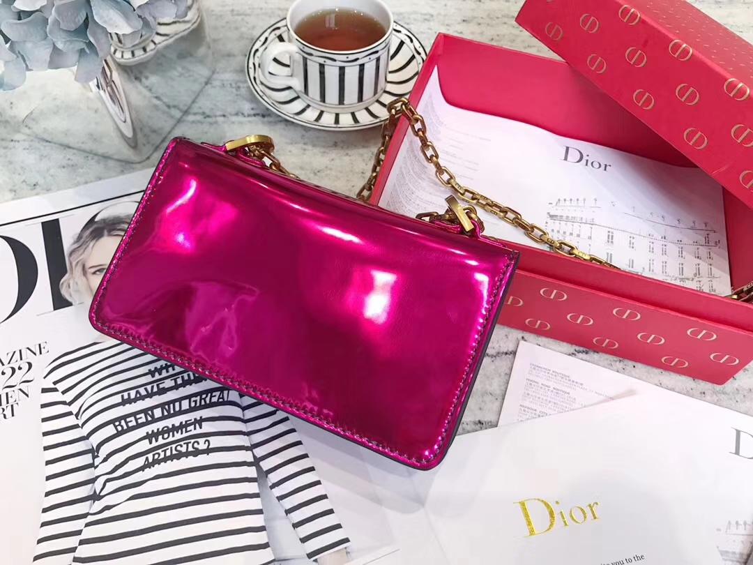 Dior包包批发 迪奥miniJadior彩色镜面系列链条包手包18CM 玫红色