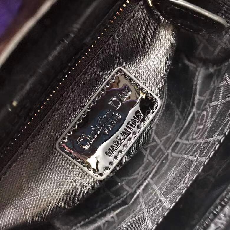 迪奥经典戴妃包 Lady Dior mini黑色三格漆皮迷你戴妃包双肩带 金扣