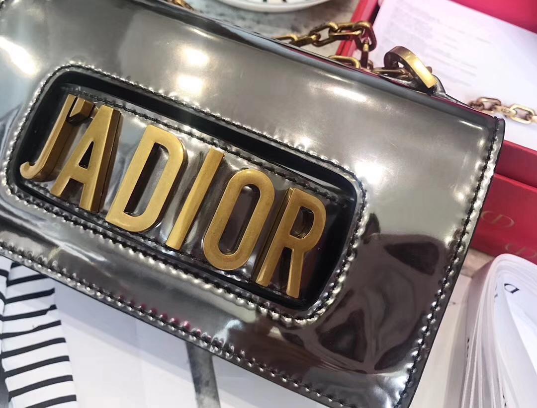 迪奥新款包包 Dior灰色镜面系列链条斜挎女包miniJadior手包18cm