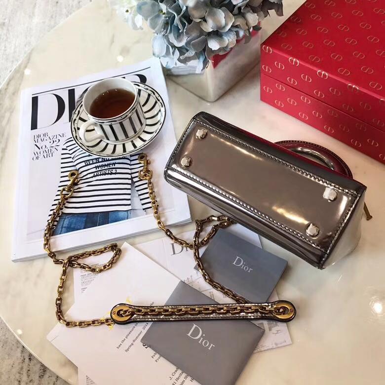 Lady Dior mini 迪奥新款镜面系列迷你戴妃包链条斜挎女包17cm 灰色