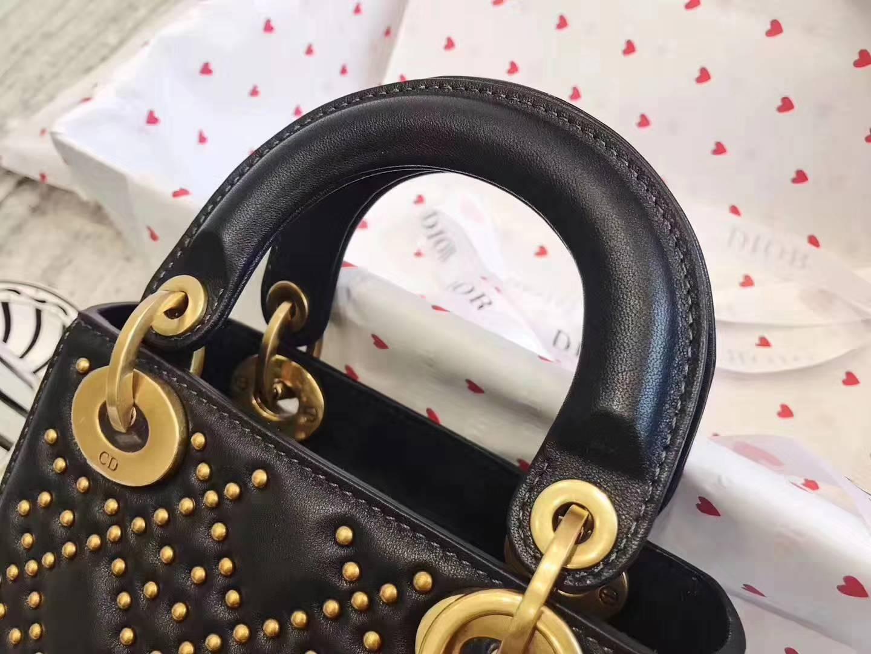 迪奥包包官网 限量款Dior Amour 黑色真皮铆钉迷你戴妃包mini Lady