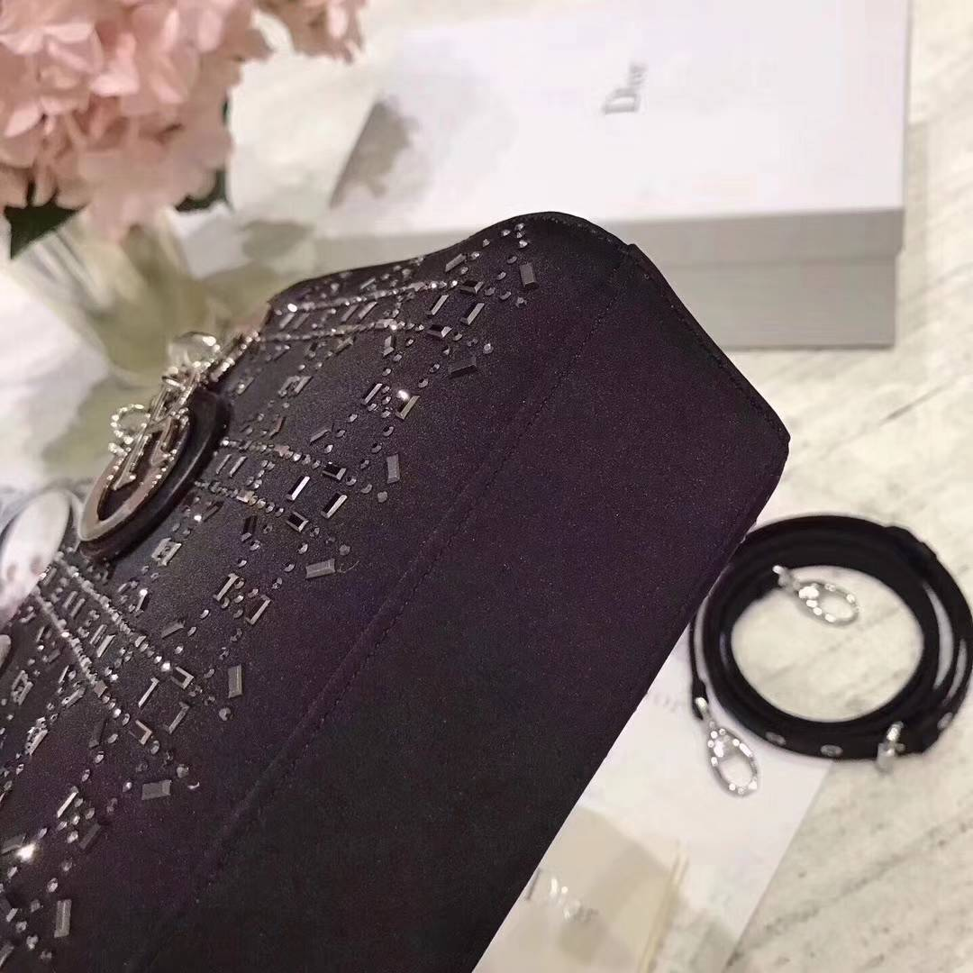 Lady Dior mini 迪奥2018新款真丝镶钻三格迷你戴妃包17cm 黑色