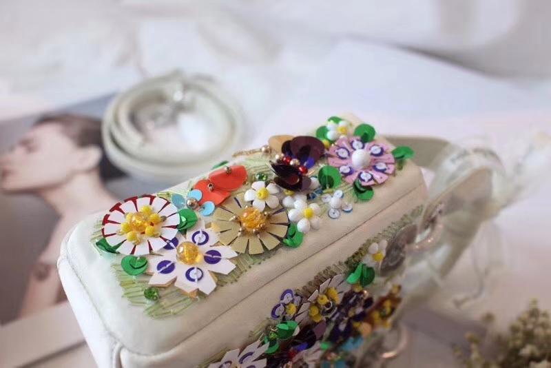 Dior新款女包 迪奥手工钉珠刺绣迷你戴妃包LadyDior mini17CM