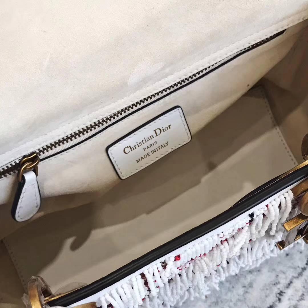 Dior包包官网 迪奥新款戴妃包 白色重工珠绣流苏Lady Dior大号24CM