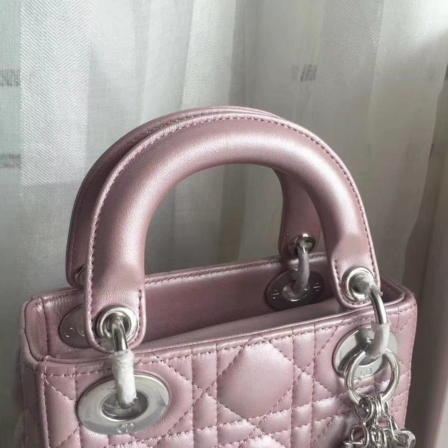 Dior包包批发 迪奥顶级小羊皮三格Lady Dior mini迷你戴妃包17CM 粉色银扣