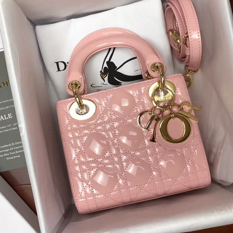 Dior包包官网 迪奥经典款漆皮牛皮三格戴妃包 Lady Dior mini17cm 粉色金扣