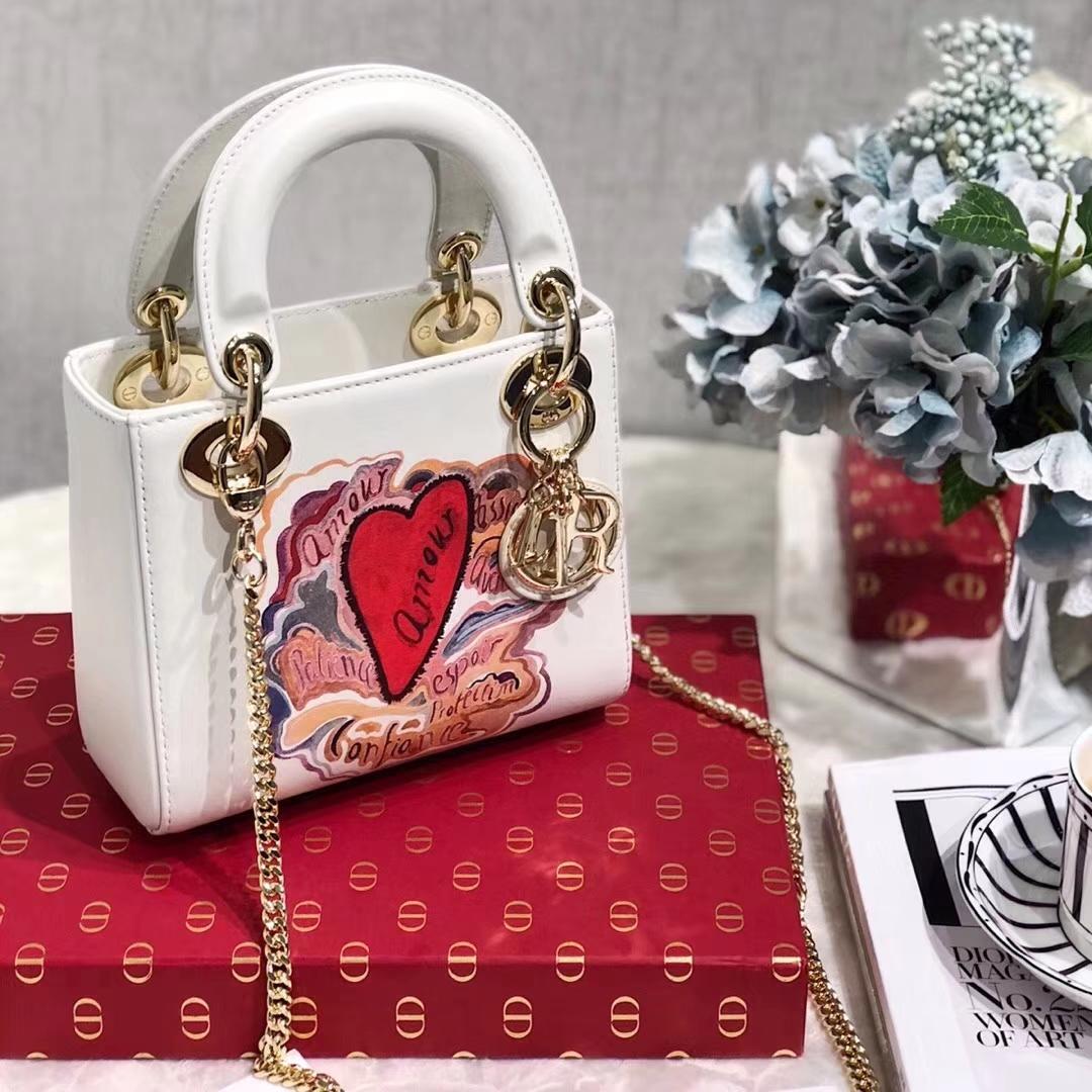 迪奥戴妃包价格 Dioramour系列七夕款迷你Lady Dior mini迷你戴妃包