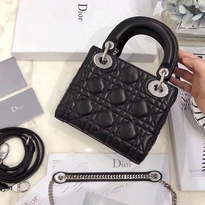 迪奥经典戴妃包 Dior黑色羊皮Mini Lady Dior三格戴妃包17CM 银扣