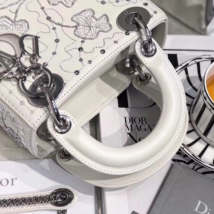 迪奥四叶草三格戴妃包 Lady Dior mini17CM 白色迷你戴妃包 银扣