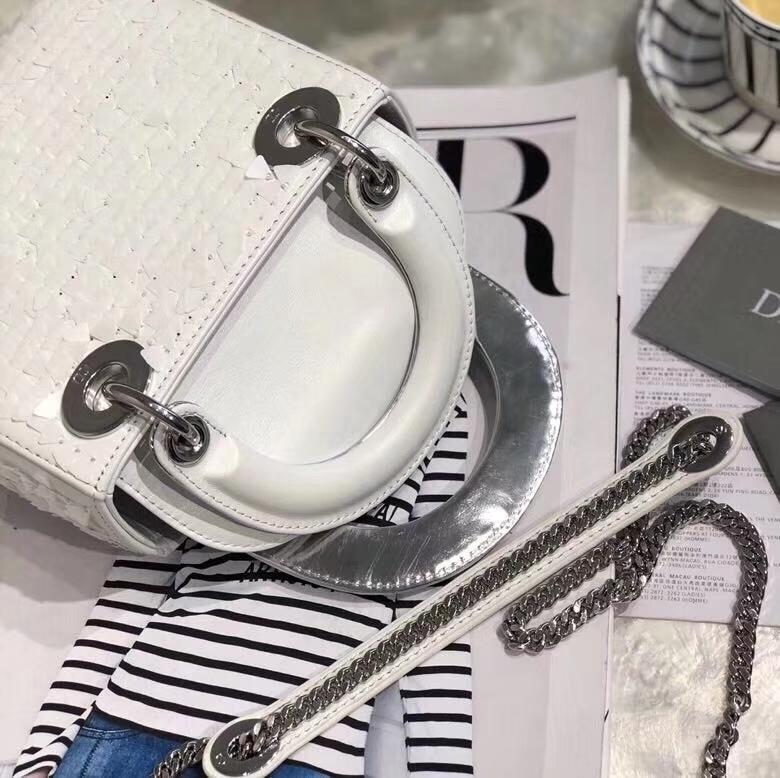 Dior包包官网 迪奥白色雪花珠绣三格迷你戴妃包Lady Dior mini17cm 银扣