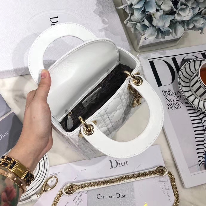 Dior戴妃包价格 迪奥顶级羊皮三格戴妃包Lady Dior mini17CM 白色金扣