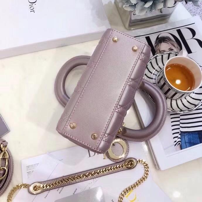 迪奥包包官网 Mini Lady Dior闪电粉进口羊皮三格戴妃包链条斜挎包17CM 金扣