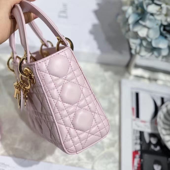 Dior包包官网 迪奥樱花粉色顶级羊皮mini Lady Dior三格戴妃包17CM 金扣