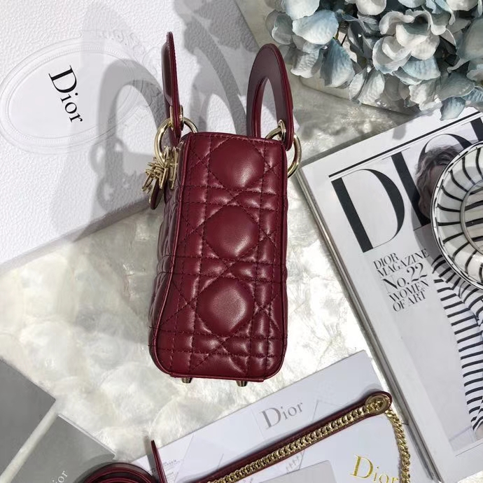 Lady Dior mini 迪奥酒红色羊皮迷你戴妃包三格双肩带链条单肩女包 酒红色金扣