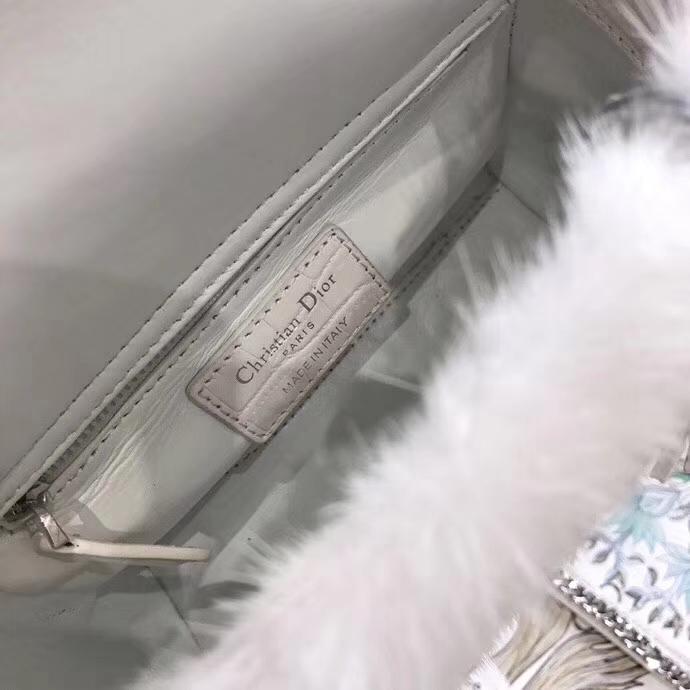迪奥戴妃包价格 mini Lady Dior 进口水貂毛毛戴妃包三格迷你17CM 白色