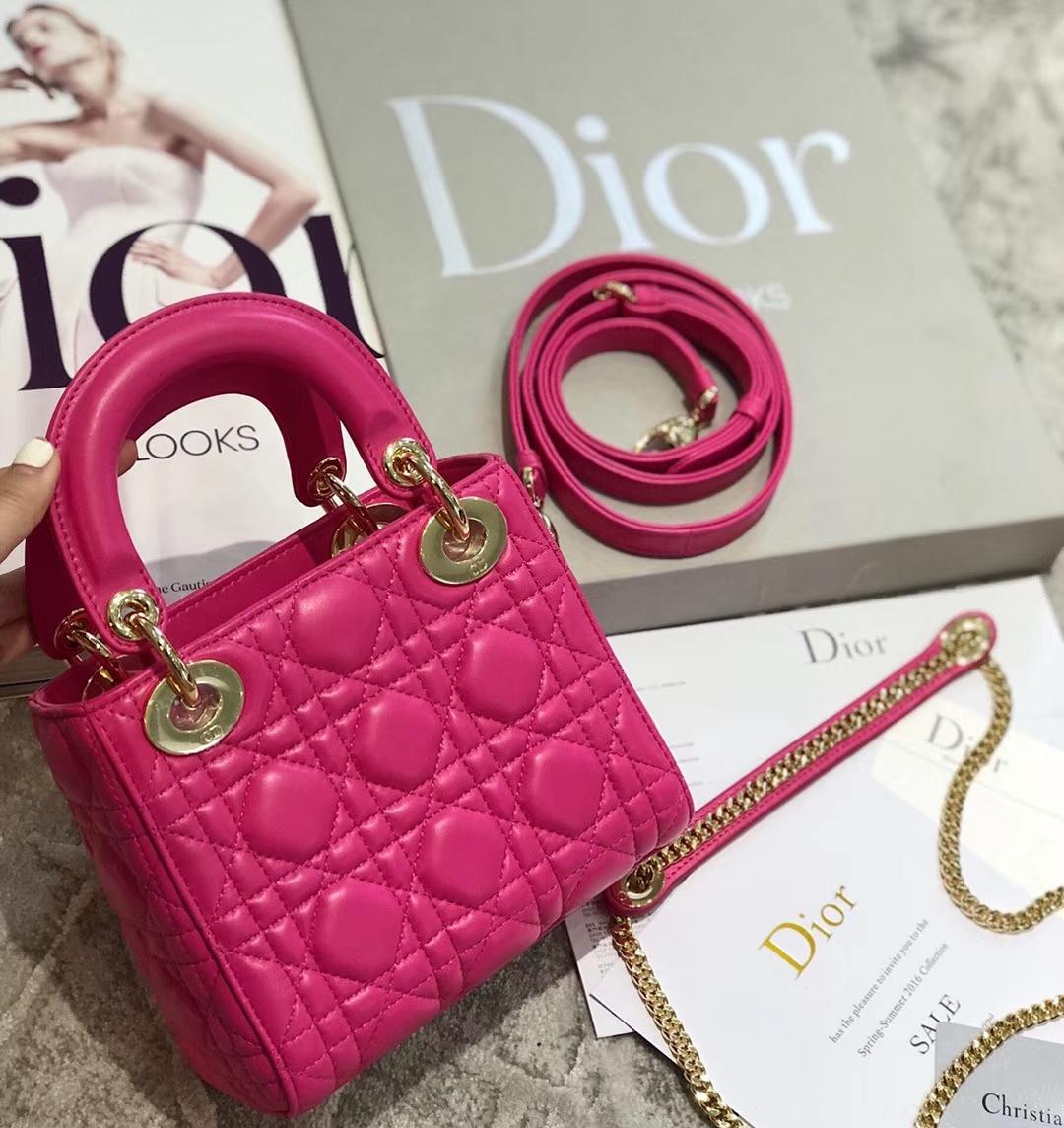 迪奥经典戴妃包 Dior玫红色进口羊皮菱格三格迷你戴妃包双肩带17CM 金扣