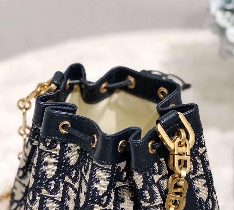 迪奥新款女包 Dior Oblique老花帆布小福袋链条单肩水桶包小号18CM