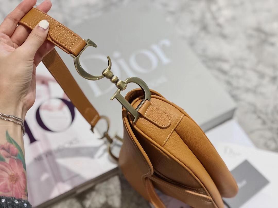 Dior包包价格 迪奥19年新款棕色牛皮复古Saddle马鞍包单肩斜挎女包26CM