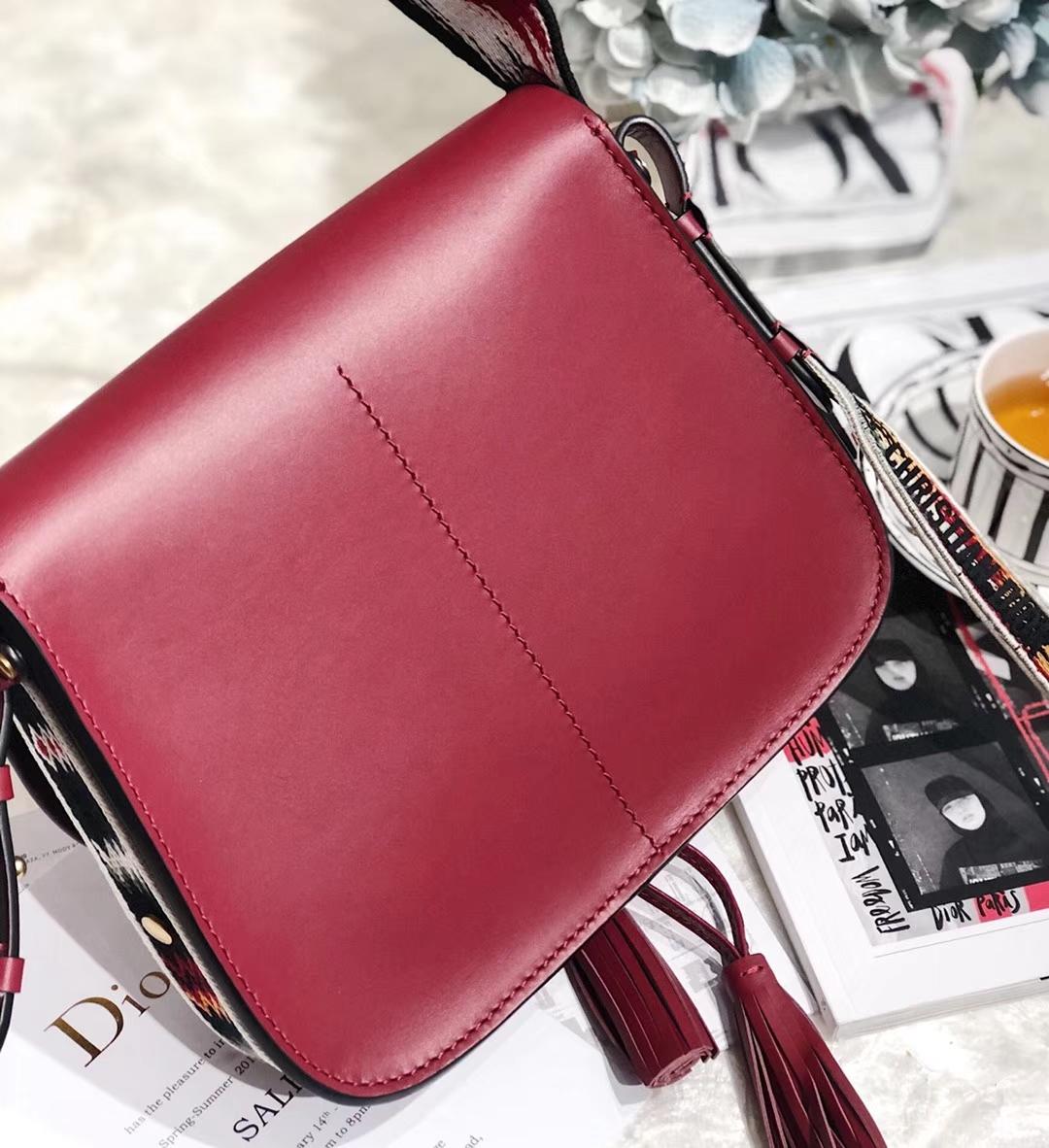 Dior女包价格 迪奥2019早春新款波西米亚风情马鞍包单肩包 红色